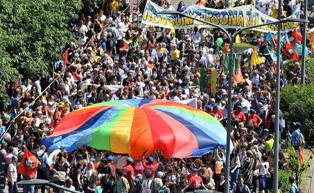 Immigranti: Manifestazione 'Insieme senza muri' © ANSA