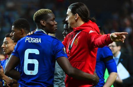 Manchester United, Pogba show: 'Dormo con la Coppa, saluto Buffon!'