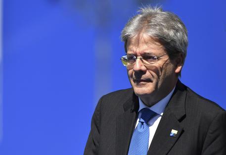 Gentiloni: ci sono risorse per opere pubbliche, Italia riparte