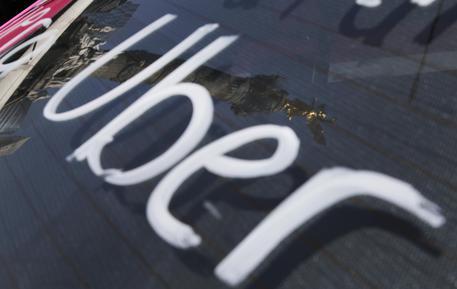 Il tribunale di Roma autorizza Uber Black a operare in Italia