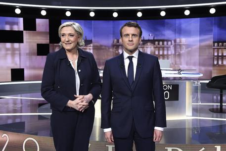 Marine Le Pen ed Emmanuel Macron © EPA