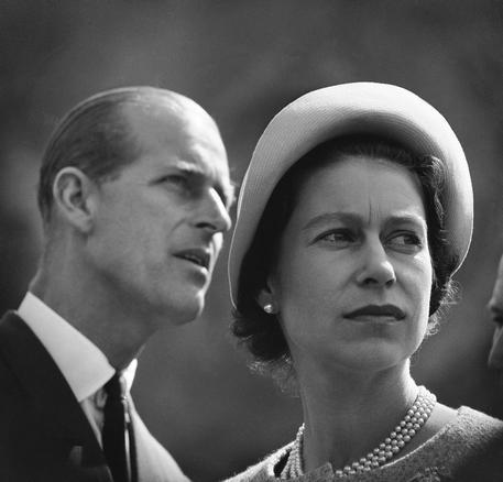 Londra, il principe Filippo si ritira dagli impegni ufficiali