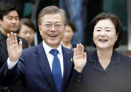 Corea del Sud, exit poll: Moon Jae In è il nuovo presidente
