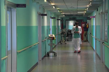Tassista colpito da meningite, grave