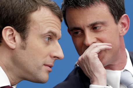 Manuel Valls e Emmanuel Macron © EPA