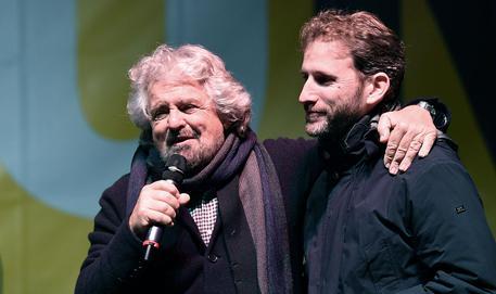 Beppe Grillo (s) e Davide Casaleggio © ANSA