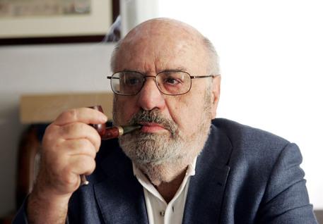 È morto Oscar Mammì, ex ministro e autore della legge sulla tv