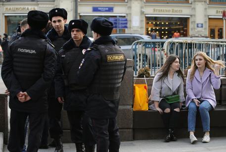 Mosca, spari su passanti: 4 morti. Polizia uccide il killer