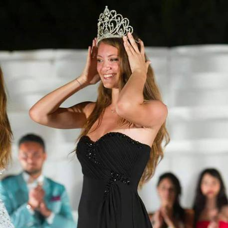 Miss Mondo, la pugliese Conny Notarstefano vola in Cina per rappresentare l'Italia