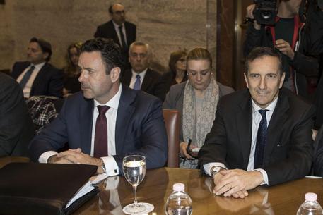 Alitalia: si stringe su esame offerte, fumata nera su cigs/Adnkronos (2)