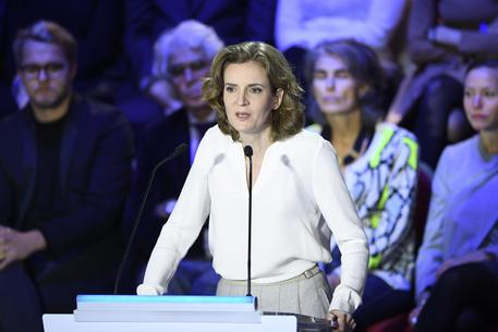 Parigi, candidata dei Républicains aggredita in strada