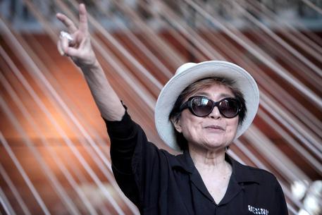Yoko Ono sarà riconosciuta come co-autrice di