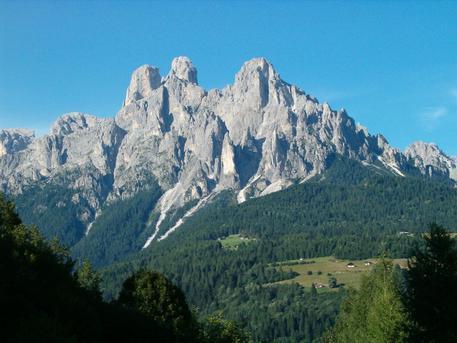 Trento, giovane precipita e muore durante escursione sulle Pale di San Martino