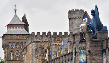 Champions, i giocatori della Juventus arrivano a Cardiff: le foto
