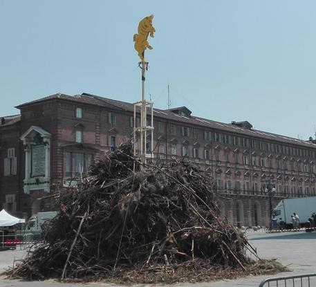 Torino pronta per festa San Giovanni,ma poca gente in strada