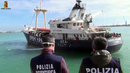 Italia, altri 2000 salvati, 10 mila in 4 giorni