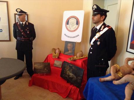 Recuperate nelle Marche dai Carabinieri dieci opere trafugate