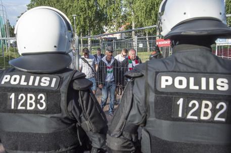 Finlandia, diverse persone accoltellate nella città di Turku. Aggressori urlano