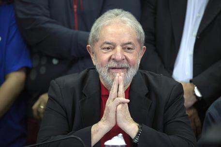 L'ex presidente del Brasile Lula in una foto di archivio © EPA