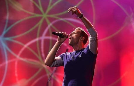 I Coldplay presentano il nuovo album con un live in streaming