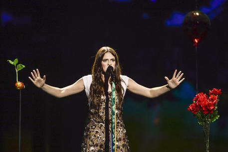 Francesca Michielin lancia il nuovo singolo Vulcano, in uscita il 21 luglio