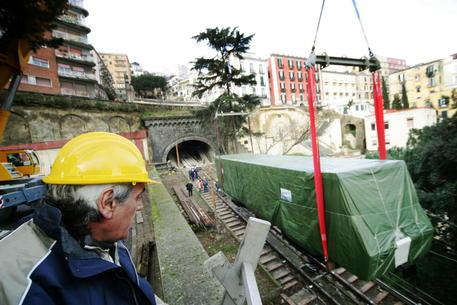 Riapre al pubblico la Funicolare Centrale di Napoli