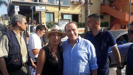 Berlusconi a sorpresa a Golfo Aranci