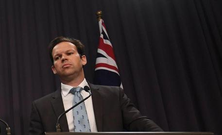Un ministro australiano si è dimesso perché è anche italiano