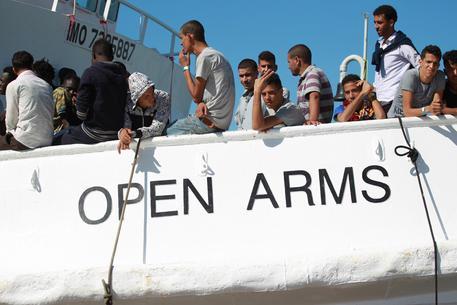 Foto d'archivio di una nave che ha soccorso alcuni migranti © ANSA