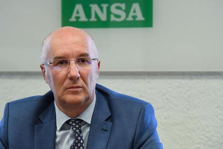 Giallo ad Aosta: di chi sono le banconote nell'ufficio del Presidente
