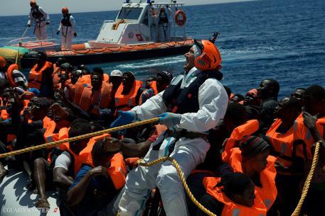 Coast Guard rescue operation (foto: ANSA)