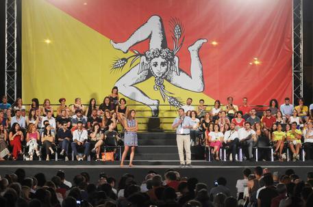 Grillo alla prova Sicilia, Cancelleri verso candidatura © ANSA