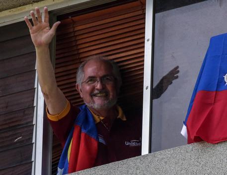 Venezuela sull'orlo della guerra civile. Maduro fa arrestare i leader d'opposizione