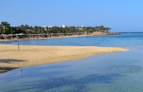 Egitto: muore il direttore di un hotel, arrestato un turista italiano
