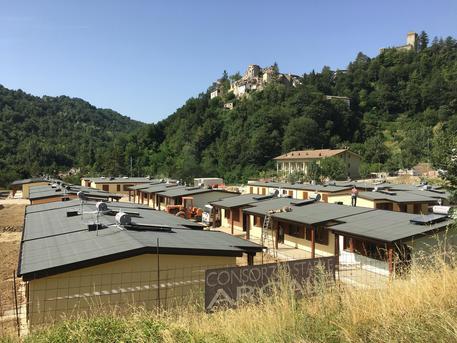 Paolo Gentiloni visita i luoghi colpiti dal terremoto