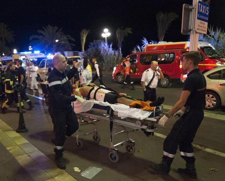 Da Nizza a Barcellona, auto e camion contro folla © EPA