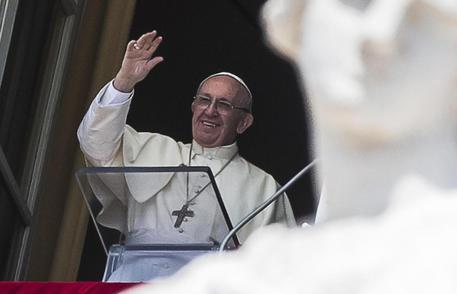 Migranti, lite tra il Papa e Salvini sullo Ius soli