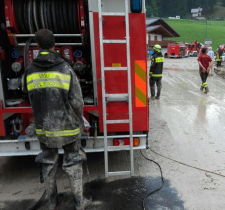 Maltempo: bomba d'acqua a Cortina, un morto © ANSA