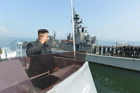 Nord Corea, Kim frena su Guam: