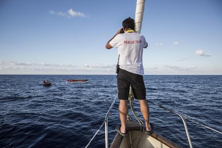 La Libia sfida le ONG
