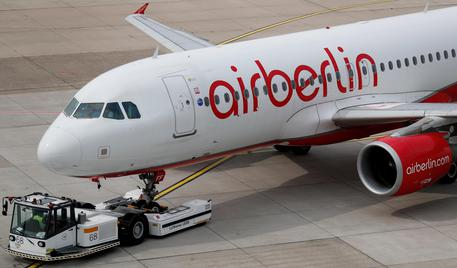 Airberlin: 70 voli cancellati, in 7.000 a terra