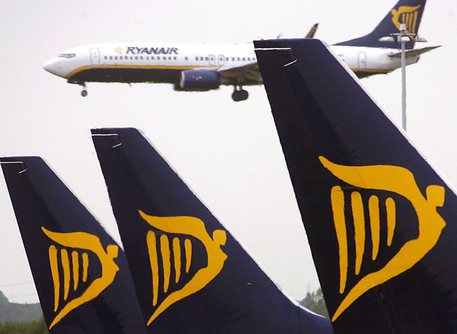 Ryanair, i piloti respingono la proposta del superbonus