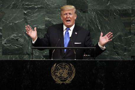 Iran, l'idea di Trump sull'accordo: