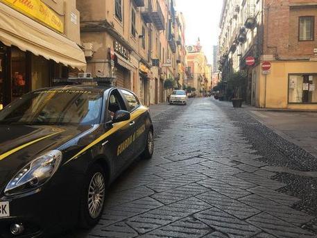 Materassi E Materassi Sassari.Droga Nel Materasso 2 Arresti A Sassari Sardegna Ansa It