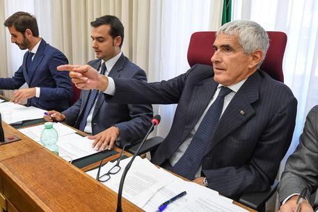 Banche, Bankitalia e Consob inefficaci