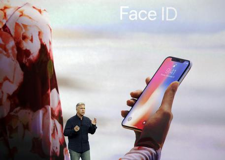 71f70cb839 Nikkei, iPhone X verso scorte iniziali limitate - Hi-tech - ANSA.it