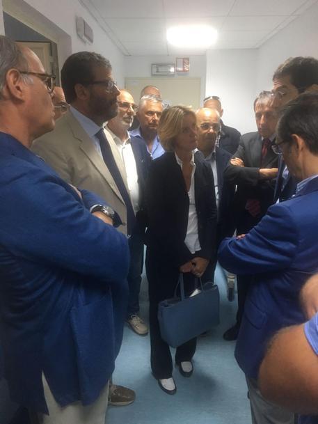 Visita ministra Lorenzin all'ospedale sardo de La Maddalena © ANSA