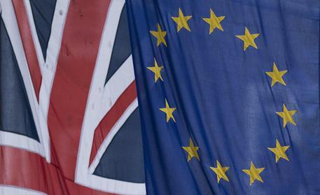 Barnier: progressi insufficienti per 2° fase negoziato con Gb