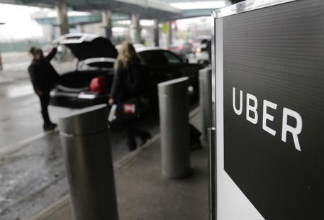 Trasporti, ad Uber è stata revocata la licenza per operare a Londra