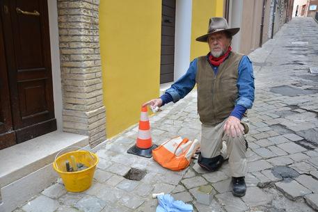 Pietre per ricordare: a Parma l'inciampo della memoria